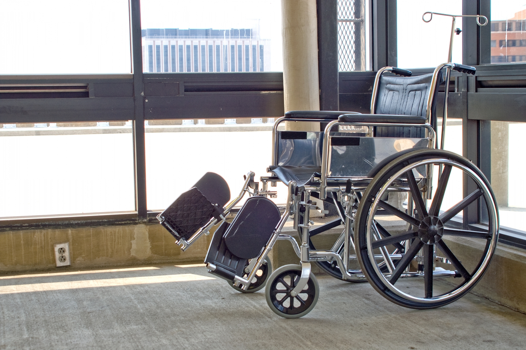 293362-wheelchair.jpg
